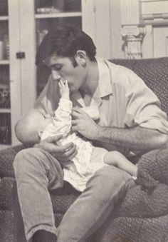 theswinginsixties: Elvis Presley with baby Lisa Marie, 1968... Or is it?