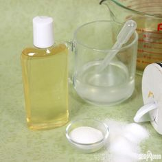 Making liquid soap from scratch involves several stages. It requires multiple hours of cooking and d Liquid Castile Soap, Liquid Hand Soap, Liquid Soap Making, Jelly Soap, Bath Gel, Berry, Homemade Shampoo, Lemongrass Essential Oil, Soap Base