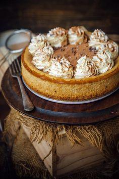 Cappuccino Cheesecake - Sugar et al - Cake Recipes Cheesecake Desserts, No Bake Desserts, Just Desserts, Delicious Desserts, Dessert Recipes, Yummy Food, Snacks, Savoury Cake, Let Them Eat Cake