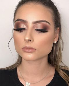 54 most amazing makeup looks to try this season 2019 29 - Make Up Ideas - Rose Gold Makeup, Makeup For Green Eyes, Bride Makeup, Wedding Hair And Makeup, Dramatic Bridal Makeup, Ball Makeup, Pageant Makeup, Make Up Gold, Gorgeous Makeup