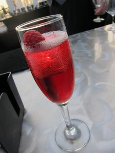 Rosa Regale Raspberry Delight cocktail