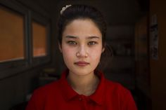 A donut seller in Bishkek, Kyrgyzstan (The Atlas of Beauty - Mihaela Noroc)