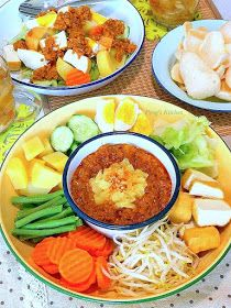 Ingredient Peanut Sauce ground peanut water homemade spice paste 1 cup canned pineapple, finely chop. Luncheon Meat Recipe, Gado Gado Recipe, Thermal Cooker, Malay Food, Rasa Malaysia, Nasi Lemak, Homemade Spices, Malaysian Food, Baking With Kids