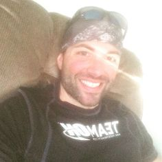 Post Run Sunday #selfie . Because today was a good day. Now if this dang beard only would grow as fast as my sons cheeks... #muscle #endurance #teamoptimum #teamneverquit #smile #sunday #sun #sun #motivation #reebok #gainz #athlete #health #fitness #instafit #thinblueline #faith by ironbeard_33