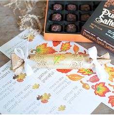 DIY Thanksgiving Table Poppers w/ Free Printable Family Thanksgiving, Thanksgiving Crafts, Handmade Baby Gifts, Making Connections, Fall Gifts, Kid Friendly Meals, Cool Things To Make, Holiday Fun, Gratitude