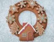 Christmas Gingerbread Wreath