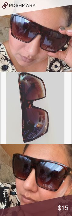 Oversize Full frame Sunglasses Oversized square shares. UV400 protected lenses. Fully rimmed.  Great quality. Get them now.  See pictures for better description. Any questions let me know. NO TRADES hit me a reasonable offer. Lilianbarillas Accessories Glasses