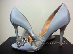 Badgley Mischka Alessandra Light Grey Women's Dressy Evening Heels Pumps 6.5 M #BadgleyMischka #DressyEveningHeelsPumps