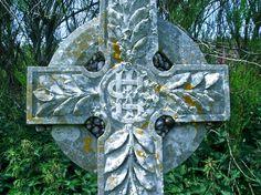 Celtic snails, St. Winwalloe Church, Church Cove, Gunwalloe, Cornwall Seaside Village, Devon And Cornwall, Snails, Celtic, Lion Sculpture, British, Statue, Rock, Photography