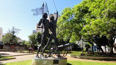 Sarandi - RS - Dez/2012 - Monumento Farroupilha