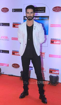 Shahid Kapoor at the HT Style Awards 2015.