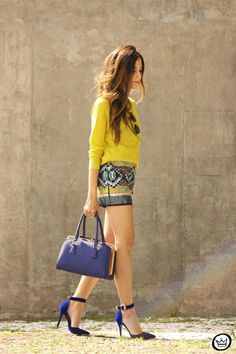 this yellow and cobalt blue #fashioncoolture