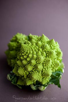 One of the prettiest vegetables I've ever seen. Romanesco Cauliflower from Gourmande in the Kitchen Romanesco Cauliflower in Spicy Tomato Sauce Romanesco Cauliflower Recipe, Cauliflower Recipes, Fruit And Veg, Fruits And Vegetables, Veggies, Raw Food Recipes, Vegetable Recipes, Chou Romanesco, Spicy Tomato Sauce