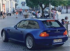 BMW-Z3-Coupe-2-8-Press-Photograph-1998-1