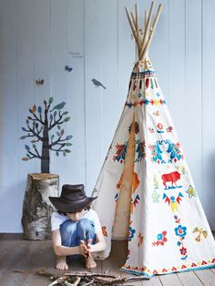 """howdy partner playroom"" - Can't get enough of this ornate teepee! #playroom"