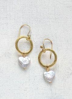 https://www.oceanj.co.uk/shop/jewellery/ladies-who-lunch-lydia-pearl-heart-gold-drop-earrings/