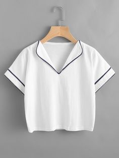 Shop Fold Over Neck Contrast Trim Tee online. SheIn offers Fold Over Neck Contrast Trim Tee more to fit your fashionable needs. Girls Fashion Clothes, Teen Fashion Outfits, Cool Outfits, Girl Fashion, Casual Outfits, Clothes For Women, Blouse Styles, Blouse Designs, Kleidung Design