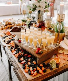 Charcuterie Recipes, Charcuterie And Cheese Board, Charcuterie Platter, Party Food Platters, Party Food Buffet, Wedding Appetizer Table, Appetizer Table Display, Party Food Table Ideas, Bridal Shower Appetizers