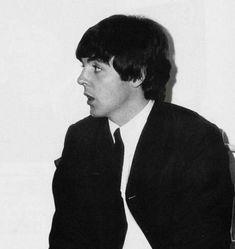 My Love Paul Mccartney, John Lennon Paul Mccartney, Beatles Funny, The Beatles, Bug Boy, Declan Mckenna, Jason Derulo, Rock Posters, John Paul