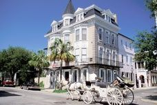 CHARLESTON, SOUTH CAROLINA  Best for: Foodies, History Buffs, Shoppers