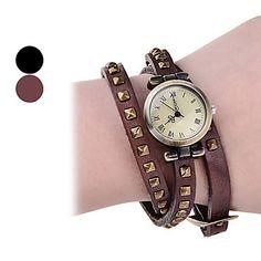 Moda Feminina Rivet PU analógico pulseira relógio de quartzo (cores sortidas) – BRL R$ 17,82