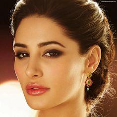 Xx pic indian Nargis