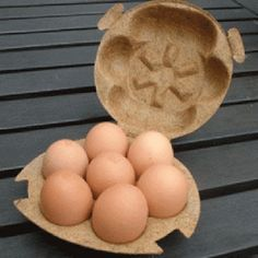 Egg packaging made from coconut fibres