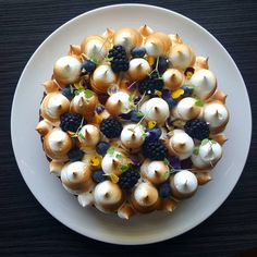 4,519 mentions J'aime, 25 commentaires – David Vidal (@vidal31) sur Instagram : « Blackberry and Lemon #patisserie #pastrychef #dessert #dessertmasters #pastry »