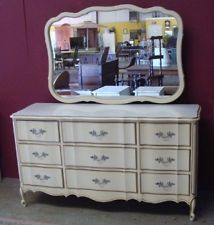 Vintage French Provincial Ivory Gold Off White 9 Drawer Dresser W Mirror 400