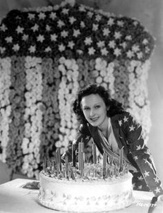 Actress Dorothy Jordan making a big 4th of July wish!
