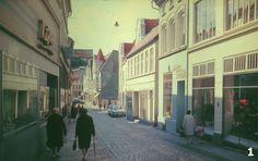 """og så frem med PC'en, i med nøglen; – – og snart drog jeg af sted på erindringens vinger tilbage til en svunden tid; – til ungdommens dage, da jeg fartede Danmark – """"og omegn"""" rundt med det gamle trofaste Agfa Silette-kamera i tasken og dens rem om nakken – klar til at 'skyde' et billede, når et motiv viste sig... #Sydslesvig #Sønderjylland"""