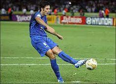 soccer lefty Fabio Grosso, happy birthdya famouslefties.com