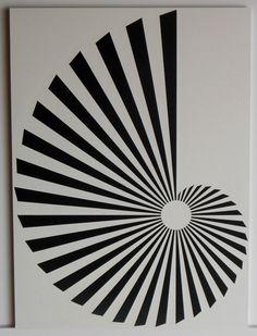 """#art """" Nautile """"  Découpage/Collage. 32*24 cm. Papier dessin à grain. Collage sur carton. un-monde-de-papier.tumblr.com"""