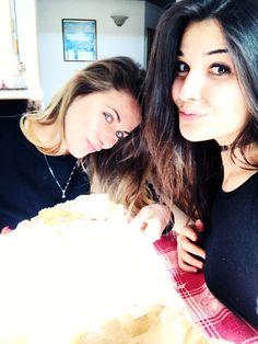 Noi non ne facciamo chiacchiere. Le mangiamo 😋 #surprise #avevocapitotutto #carnival #robyzl #serendipity #pic #picoftheday #ph #photo #photooftheday #tagforlike #like4like #tumblr #flik #social #jj  #joy #tw #tweegram #ip #iphone #iphonesia #love @marialuisacurto