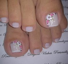 Tina's Nails Nail Manicure Coffin Nails Acrylic Nails Hair And Nails Nail Polish Crafts Nail Polish Art Toe Nail Art Spring Nails Pretty Toe Nails, Cute Toe Nails, Fancy Nails, Toe Nail Color, Toe Nail Art, Nail Colors, Toenail Art Designs, Flower Pedicure Designs, French Pedicure Designs