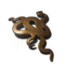Bronze pendant Snakes DIY Vintage Metal findings Jewelry findings Jewelry making Gothic findings Pendants Craft supplies by Neda Bronze Pendant, Vintage Metal, Snakes, Jewelry Findings, Craft Supplies, Gothic, My Etsy Shop, Creativity, Jewelry Making
