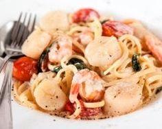 Tagliatelles aux Saint-Jacques et crevettes (facile, rapide) - Une recette CuisineAZ