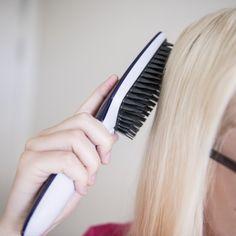 Tangle Teezer Blowstyling Hairbrush Smarte løsninger for deg og dine Hair Brush, Tangled, Dining, Food, Rapunzel, Restaurant