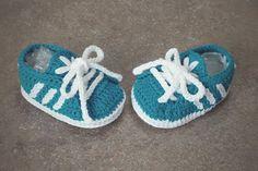 Guarda questo articolo nel mio negozio Etsy https://www.etsy.com/it/listing/250268268/newborn-shoes-adidas-style-crochet-baby