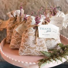 Lace and burlap favour bags for wedding day