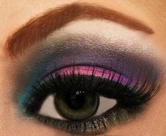 Dramatic Bright Smokey Eye Makeup