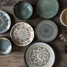 Your specialist in Scandinavian-Ethnic, Industrial and Vintage decoration. Petite Lily Interiors is a decoration site based in France and Spain Ceramic Plates, Ceramic Pottery, Ceramic Art, Decorative Plates, Trieste, Keramik Design, Plates And Bowls, Salad Plates, Ethnic Fashion