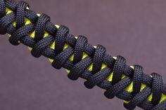 "How to make the ""Hidden Diamonds"" Paracord Survival Bracelet - BoredParacord"