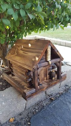 Check out this item in my Etsy shop https://www.etsy.com/listing/471986272/bird-feeder-western-log-cabin