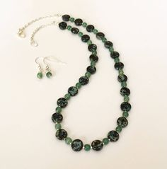Beaded Jewelry Set Glass Bead Necklace Set Green Black Necklace Set Short Bead Necklace Womens Christmas Gift For Her Mom Wife Girlfriend by BarbsBeadedJewelry on Etsy