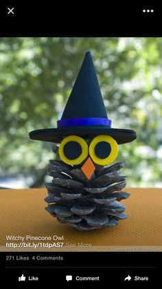 Pinecone Owl Witchy Pinecone Owl - fun Halloween kid craft using a pinecone and craft foam or felt!Witchy Pinecone Owl - fun Halloween kid craft using a pinecone and craft foam or felt! Manualidades Halloween, Adornos Halloween, Halloween Tags, Halloween Crafts For Kids, Easy Crafts For Kids, Toddler Crafts, Holiday Crafts, Holiday Fun, Halloween Party