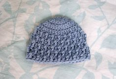 Alli Crafts: Free Pattern: Deeply Textured Hat - Premie