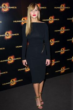 Jennifer Lawrence style and fashion pictures (Vogue.com UK)