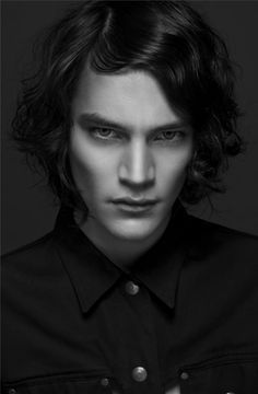 Jaco Van Den Hoven - GAH I want him SO BAD, it's not even funny. He's GORGEOUS.