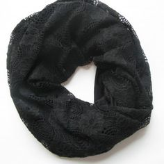 Black jersey and lace scarf - so pretty!